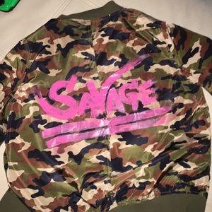 Women's bomber camouflage jacket.